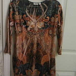 A Cato ladies tunic.Used in great condition
